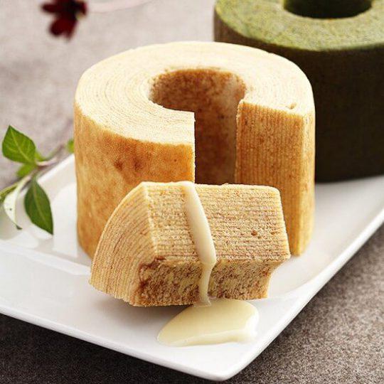 Mua bánh Baumkuchen Nhật